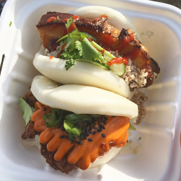 Le Bao Pork Belly & Chicken Sriracha Steamed Buns